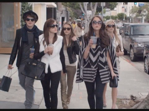 Trailer! Emma Watson is Living the High Life in 'Bling Ring'