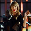 Taylor Swift Moves Into $17-Million Beachfront Mansion