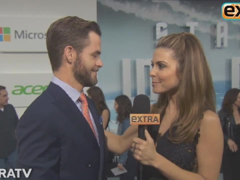 'Extra' at the 'Star Trek Into Darkness' Premiere