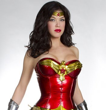 Extra Scoop: 'Wonder Woman' Prequel in Works for The CW?