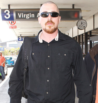 Pic! Christian Bale Unrecognizable with Shaved Head