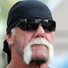 Hulk Hogan Burns Hand, Tweets Graphic Photos [Getty Images]