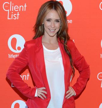 Jennifer Love Hewitt Is Pregnant!
