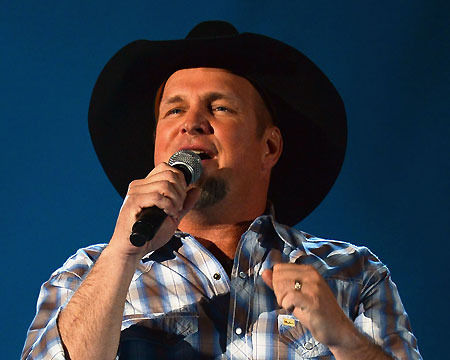Garth Brooks Out of Retirement for Oklahoma Benefit Concert
