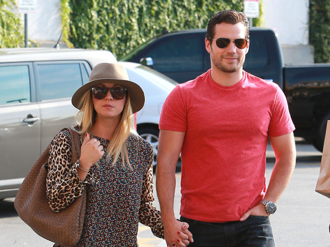 "Kaley Cuoco and ""Man of Steel"" Henry Cavill were seen holding hands as they…"