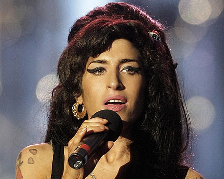 Amy Winehouse Exhibition: Mom Says Singer Was 'Bored with Life'