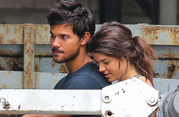 Does Taylor Lautner Have a New Girlfriend Taylor Lautner And Girlfriend Kissing