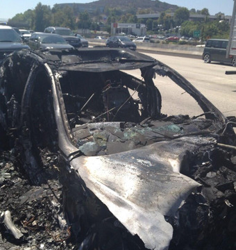 Dick Van Dyke Rescued After Car Bursts Into Flames on Freeway