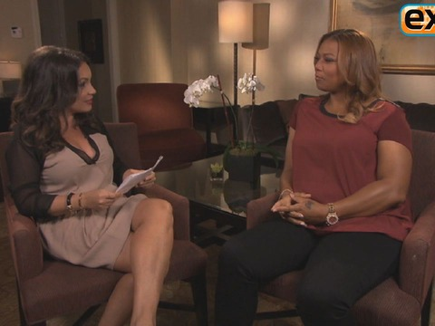'Extra' Raw! Rapid-Fire Quiz with Queen Latifah