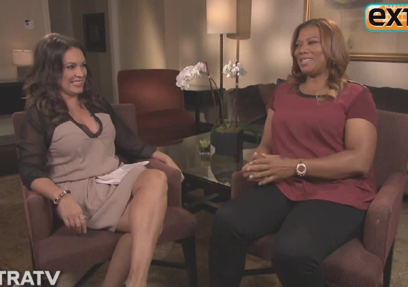 'Extra' Raw! Rapid-Fire Quiz with Queen Latifah