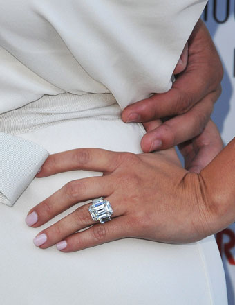 Kim-Kardashian-Engagement-Ring