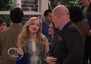 Video! A Preview of The Disney Channel's 'Liv and Maddie'
