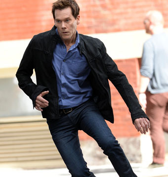 "Kevin Bacon was on location in NYC to shoot scenes for ""The Following."""