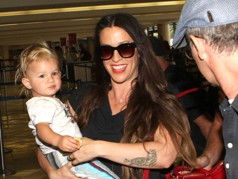 Alanis Morissette's Nanny Suing for Overtime Pay and More