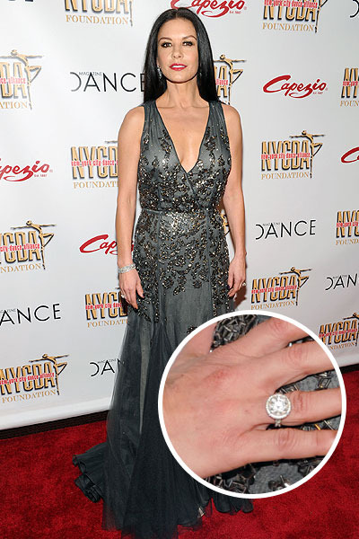 What Divorce Catherine ZetaJones Spotted Wearing Wedding Ring