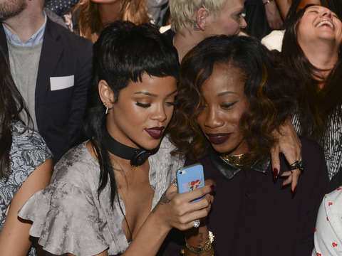Gossip Girl: Rihanna's Hot Bikini Pics and Screaming Match with BFF