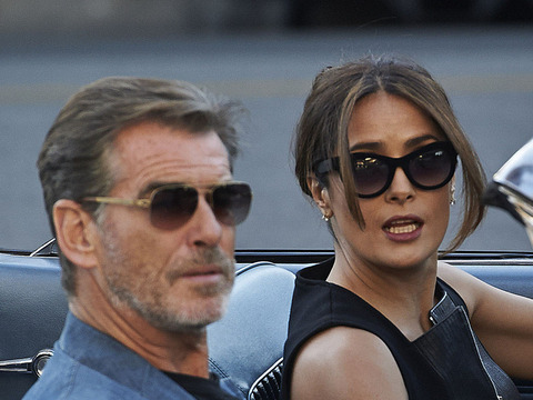 """Pierce Brosnan and Salma Hayek were on the L.A. set of """"How to Make Love Like…"""
