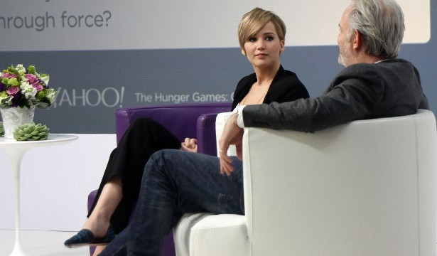 131107152313-jennifer-lawrence-yahoo-story-top