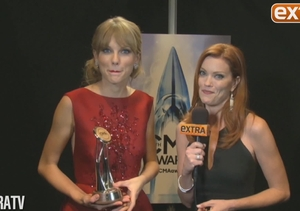 CMAs 2013: Taylor Swift Honored on Receiving Pinnacle Award