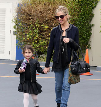 Sarah Michelle Gellar took daughter Charlotte to a ballet class on Saturday.