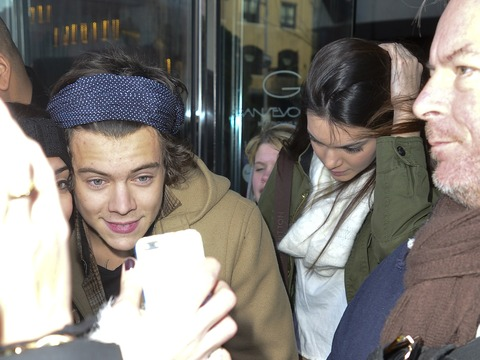 Extra Scoop: Kendall Jenner and Harry Styles… Is It On?