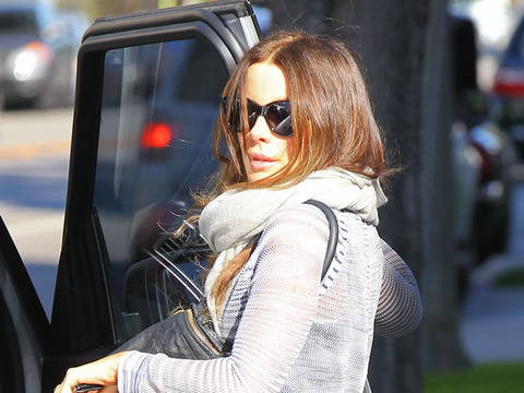 British beauty Kate Beckinsale stopped by a medical building in Santa Monica.