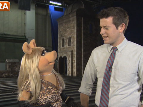 Hanging with Tina Fey, Miss Piggy and Kermit on the Set of 'Muppets Most Wanted'