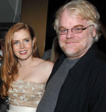 Heartbreaking Video: Amy Adams Remembers Philip Seymour Hoffman
