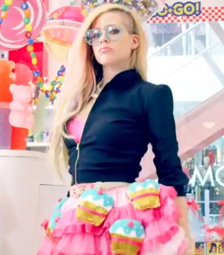 Avril Lavigne: LOL over 'Hello Kitty' Backlash