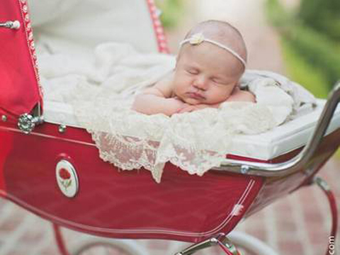 Kelly Clarkson Shares Precious Pic of Daughter River Rose