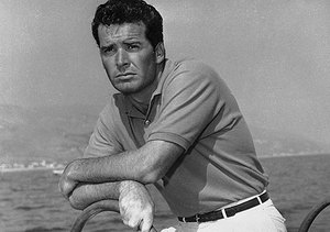 'Maverick' Star James Garner Dead at 86, Stars React