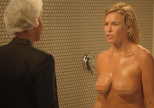 Chelsea Handler Strips for Epic Finale Shower Scene! See Who Joined…