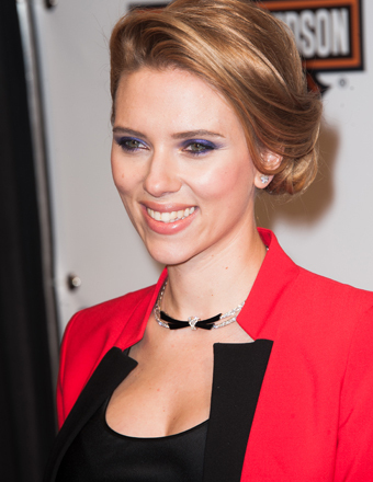 Scarlett Johansson Welcomes Baby Girl!