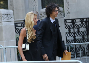 Inside Joan Rivers' Star-Studded Funeral: Howard Stern, Hugh Jackman and Others…