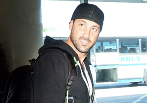 "Former ""DWTS"" pro Maksim Chmerkovskiy hopped on a flight leaving LAX."