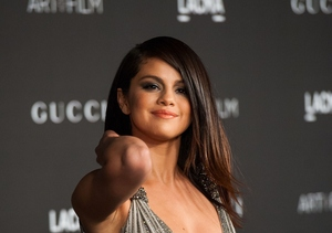 Selena Gomez Buries the Hatchet with Kendall Jenner… and Not in Her Back!