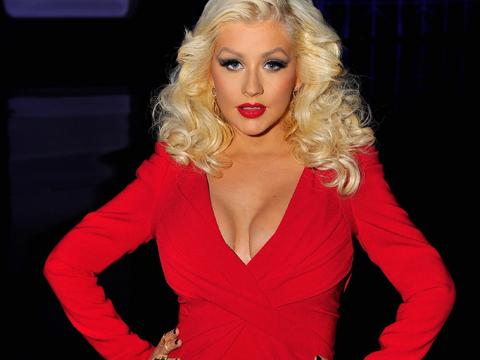 Christina Aguilera Shows Off Body After Baby! Pic ...  Christina Aguilera
