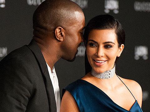 Kanye West Reacts To Wife Kim Kardashian S Booty Pic