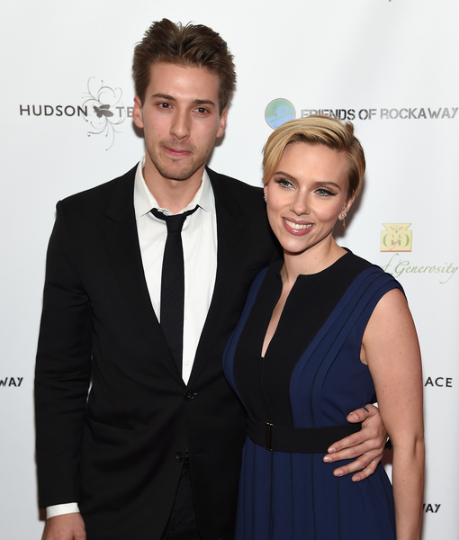 Scarlett Johansson Hits the Red Carpet with Twin, Shows Off Post-Baby Body