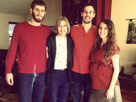 Pic! Jill Duggar Shows Off Baby Bump
