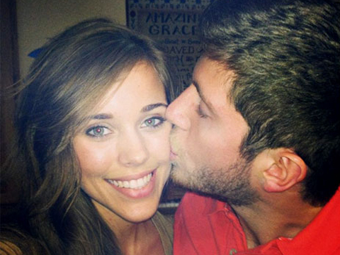 Pic! Jessa Duggar and Ben Seewald Celebrate 'Monthiversary' with a Kiss