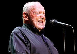 Rock Singer Joe Cocker Dead at 70
