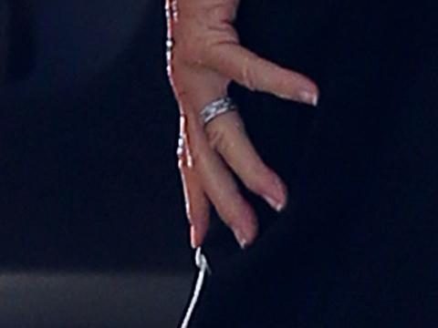 bruce-jenner-french-manicure
