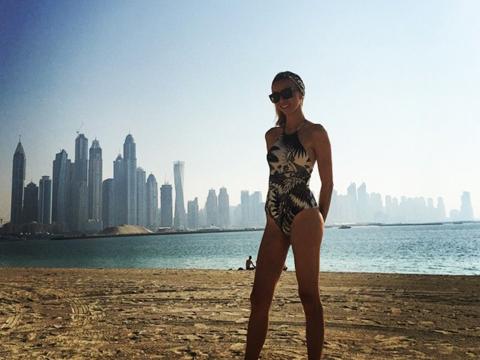 Giuliana Rancic Shows Off Beach Bod in Dubai