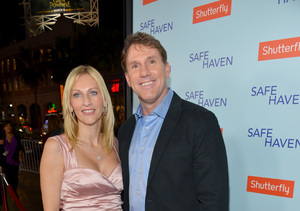 Author Nicholas Sparks and Wife Split