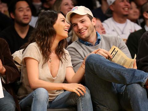 Listen Up! Ashton Kutcher Is Offering Dating Advice