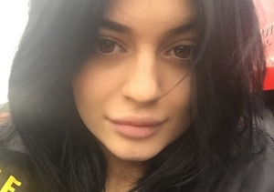 Kylie Jenner Goes Au Naturel; Ditches Weave and Makeup