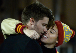 Rumor Bust! Miley Cyrus Is NOT Pregnant, Despite Report