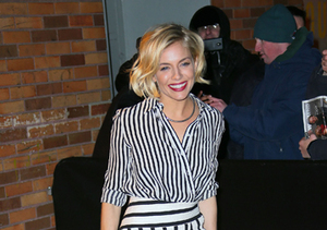 Fashionista Sienna Miller Shows Her Stripes