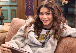 Zendaya Answers Fan Questions on Facebook!